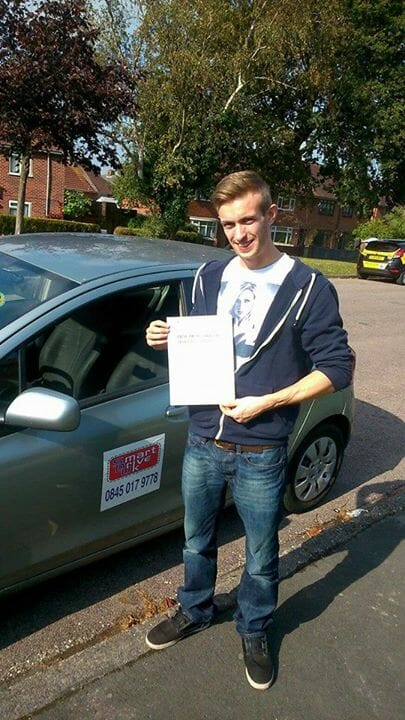 DRIVING INSTRUCTOR BOURNEMOUTH – BARRY DICKSON